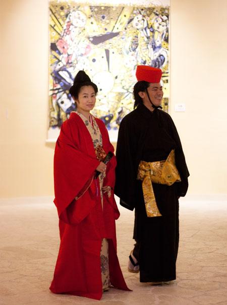 AKARA内「名嘉睦稔美術館」にて 「琉装で写真を撮りたいとずっと思っていたのですが AKARA