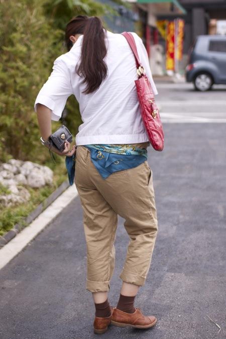 おしゃれ妊婦の仕事着and休日コーデ ①妊婦だってこんなにオシャレ☆ 仕事も休日も手持ちのワードローブで。着こなしの鍵は「小物類」。