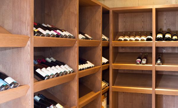 ワイン店un deux trois